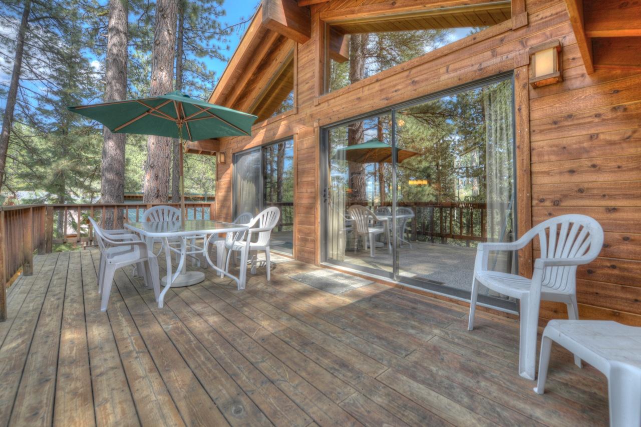 lake-tahoe-vacation-rental.jpg